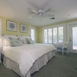Inn Bedroom with Double Bed